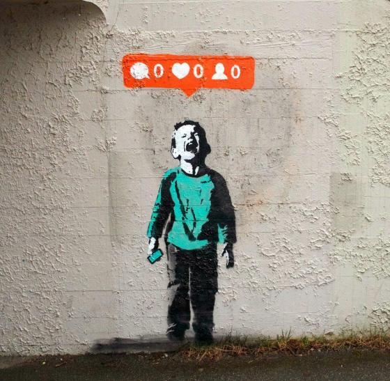 social media whore4